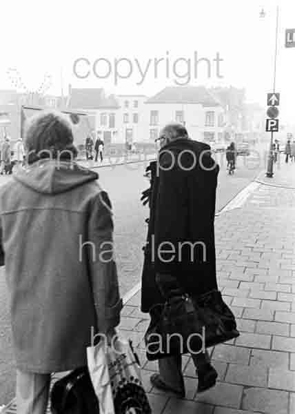 W h m van den hout willem w waterman 07 16 12 1972 orderno for Waterman 16