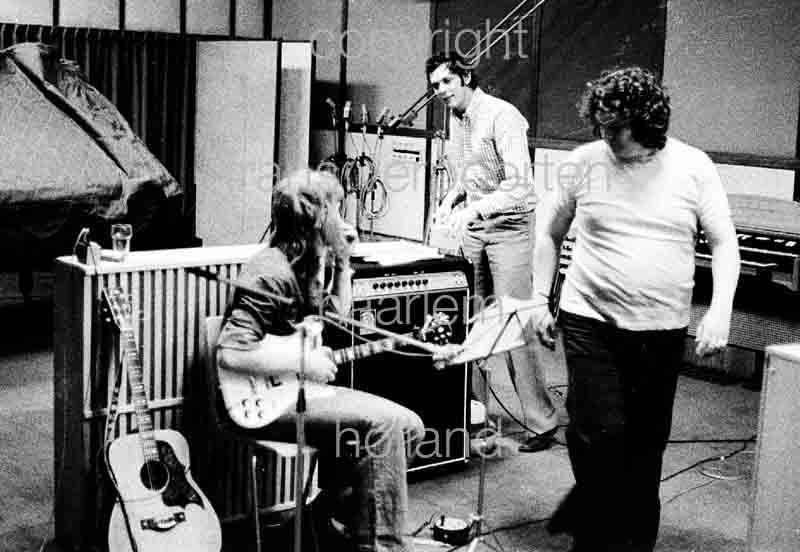 Nijgh Astrid 1974 Opname studio 'Mensen zijn..'