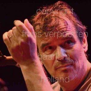 Doe Maar was formed in 1978 by Ernst Jansz.